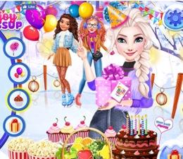 Elsa'nın Buz Üzerinde Doğum Günü