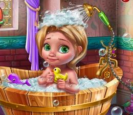 Küçük Rapunzelin Banyosu